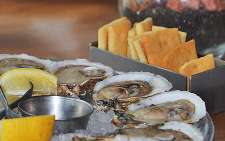 Ella's Oyster Bar